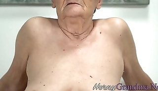Slutty gilf gets facial