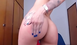 tattoo babe spanks herself on cam