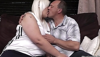Wife finds husband cheating with peaches BBW